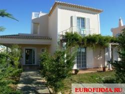 Недвижимость в Португалии: Вилла Armacao De Pera - Urbanizacao Montes
