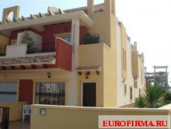 Недвижимость в Испании: Уютные таунхаусы (от 100 кв.м) недалеко от моря