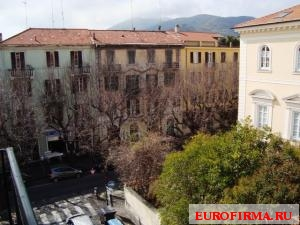 How much is four-room apartment Albenga